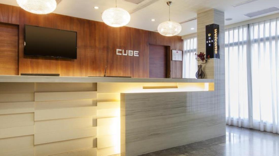 默砌旅店 (Cube Hotel) 4