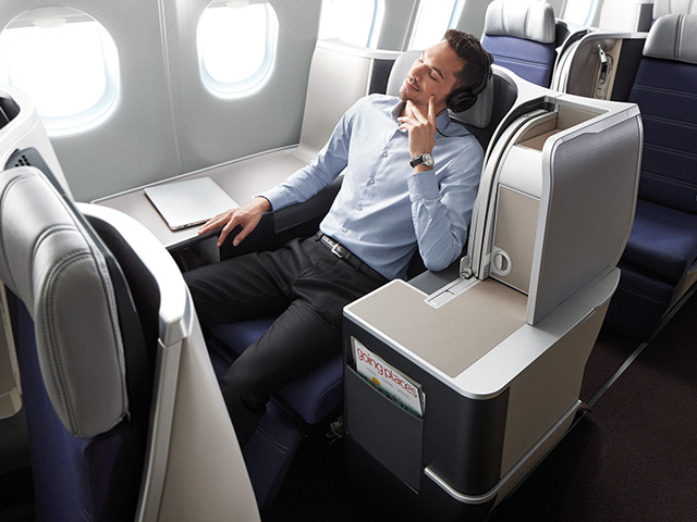 Malaysia-Airlines-A330-new-business-class-seats-3